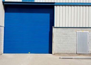 Portón industrial acero